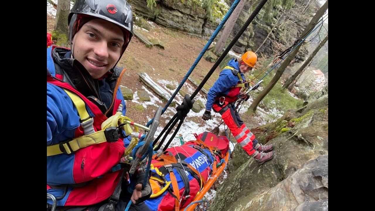 Rettung in den Bergen - Die gläserne Stadt zu Besuch bei der Bergwacht